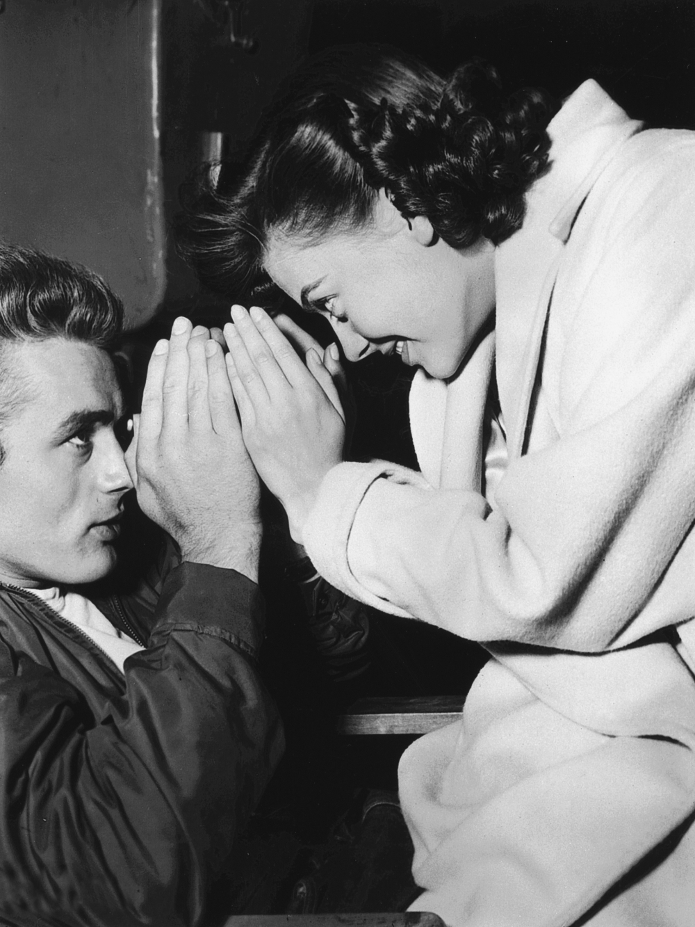 the character and role of james dean in the movie rebel without a cause Rebel without a cause associates  james dean contributes a lot to the success of  red colour associates communism or rebellions' in rebel.