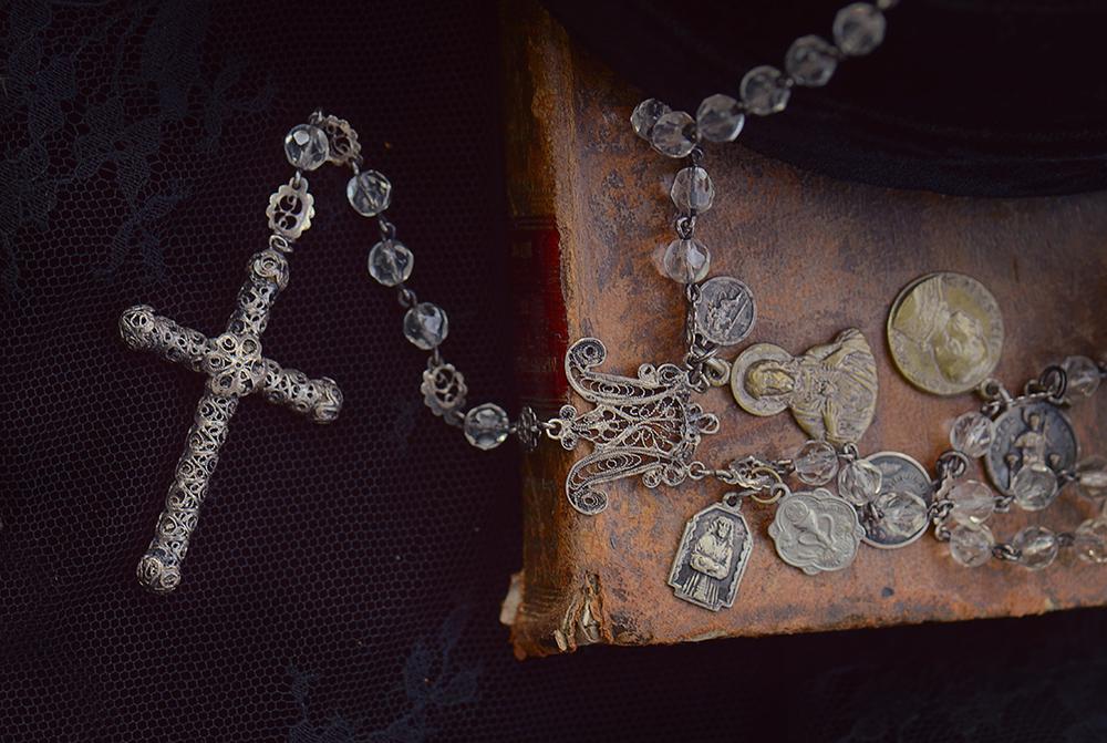 rosario-diccionario-vintage-vintage-by-lopez-linares-maria-vintage-photography3